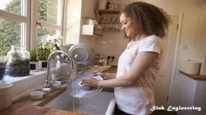 How-to-wash-dishes-in-a-farmhouse-sink