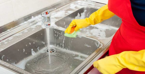 How-to-Clean-Kitchen-Sink-Stains