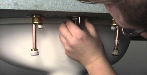 How-to-Install-Kingston-Brass-Kitchen-Faucet