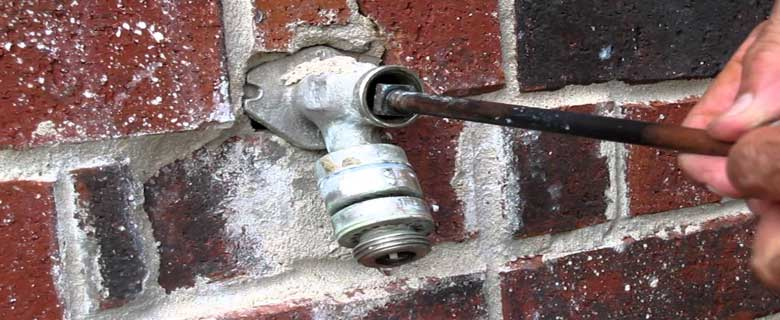 How-to-Fix-an-Outdoor-Faucet-that-won't-Shut-off